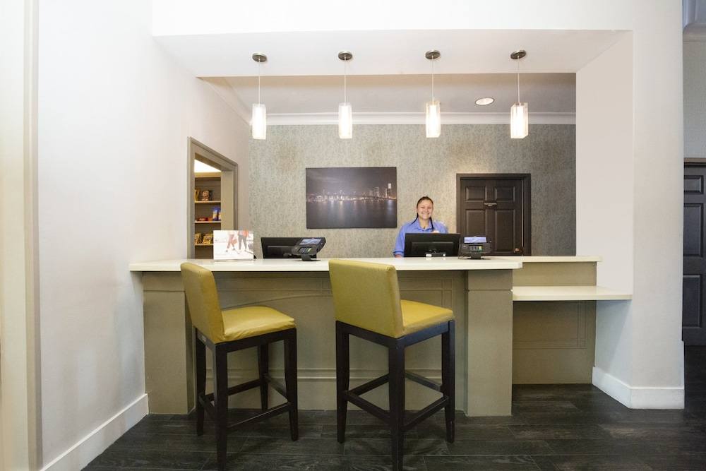 Lobby, Staybridge Suites Miami Doral Area