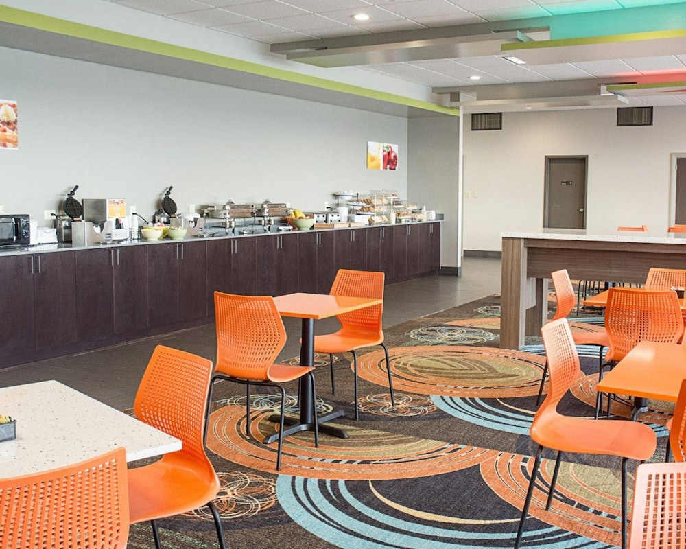 Breakfast Area, Quality Inn & Suites Oceanfront