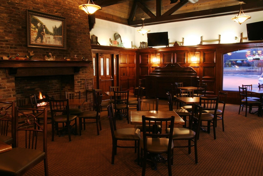Bar, Country Inn & Suites by Radisson, Chanhassen, MN