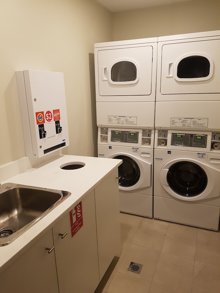 Laundry Room, Ramada by Wyndham Vancouver Downtown