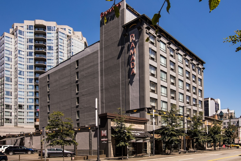 Front of Property, Ramada by Wyndham Vancouver Downtown