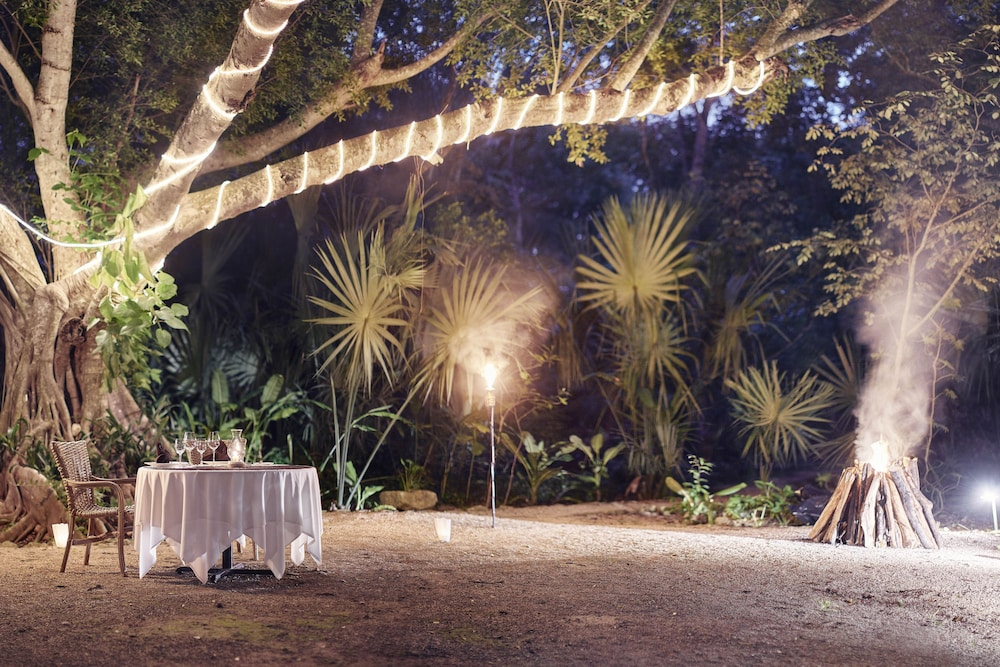 Outdoor Banquet Area, Hacienda Santa Rosa, A Luxury Collection Hotel, Santa Rosa