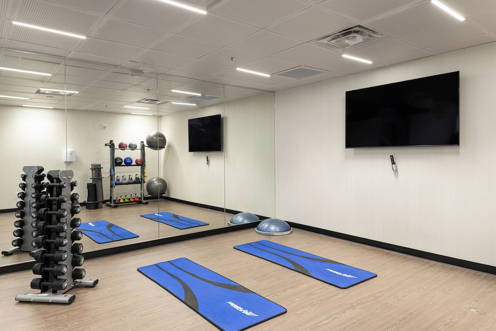 Fitness Facility, Courtyard by Marriott Charlottesville University Medical Ctr