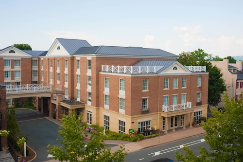 Courtyard by Marriott Charlottesville University Medical Ctr