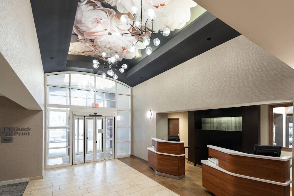 Interior, Courtyard by Marriott Charlottesville University Medical Ctr