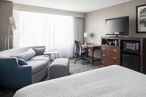 Courtyard by Marriott Seattle Federal Way