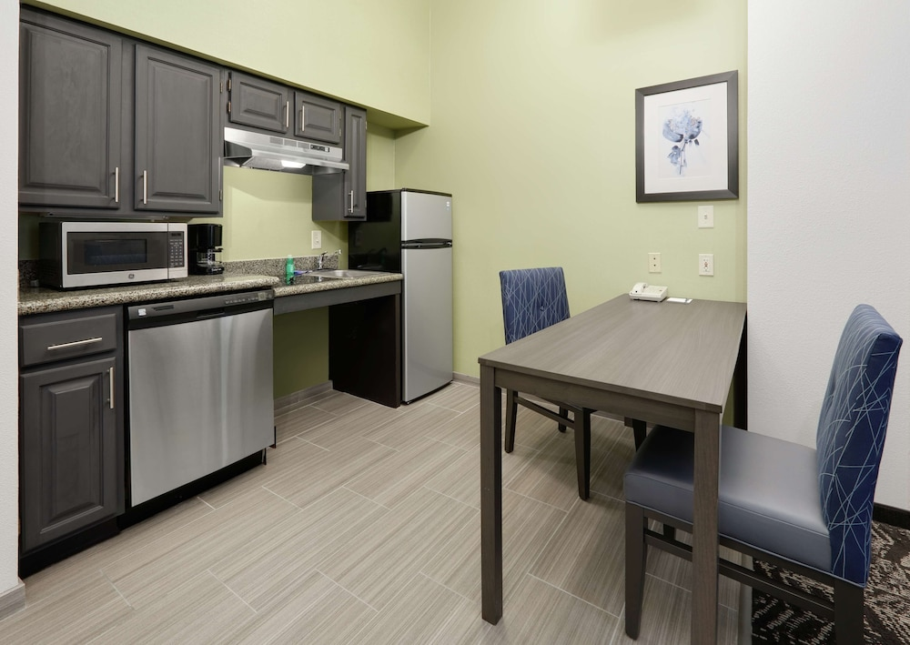 Room Amenity, Homewood Suites by Hilton St. Louis-Chesterfield