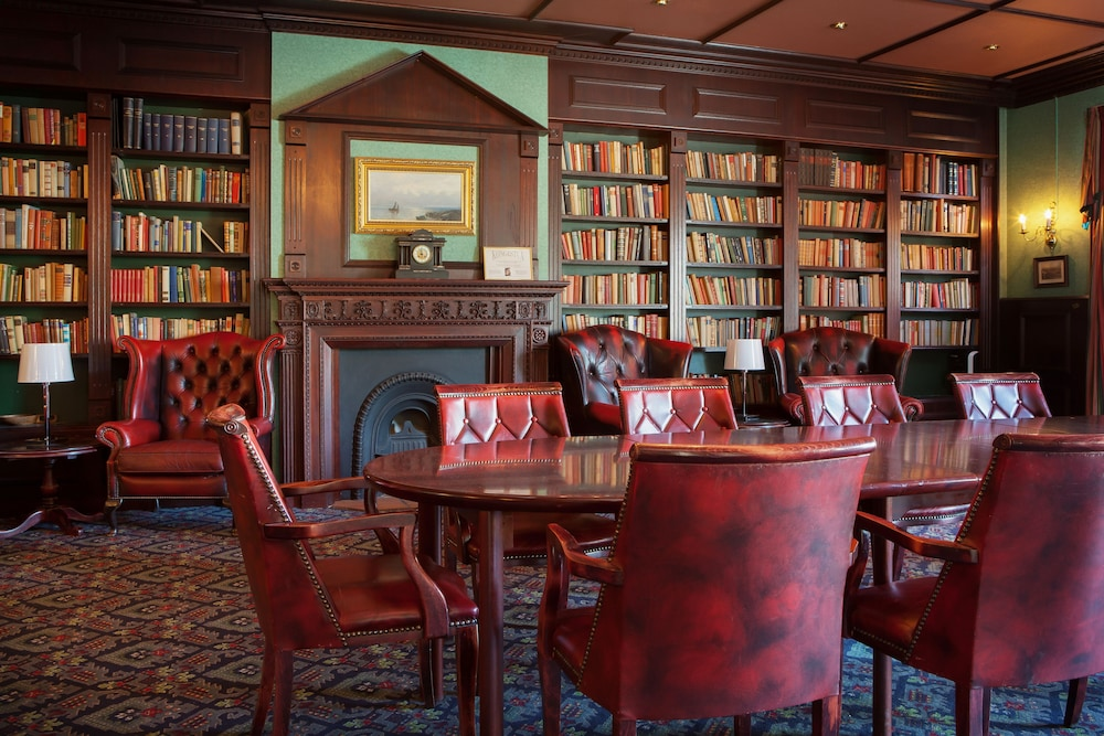 Library, Clarion Collection Hotel Grand, Gjovik