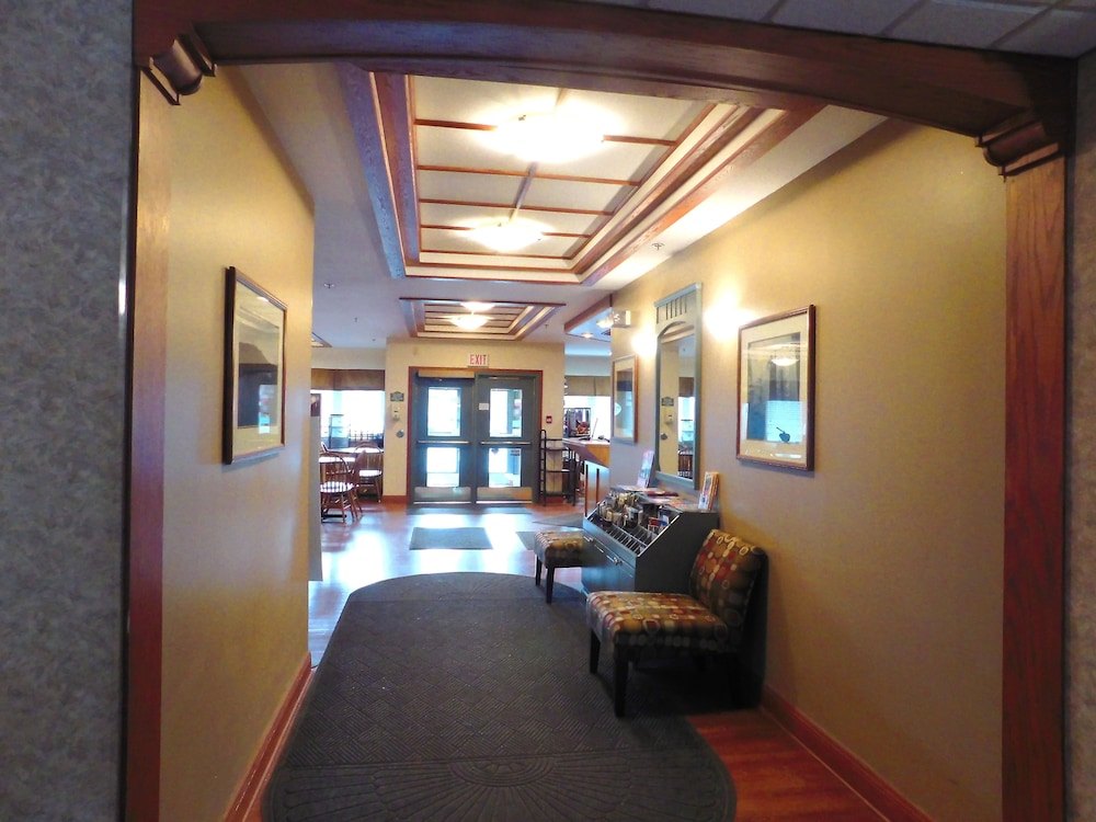 Featured Image Interior Entrance