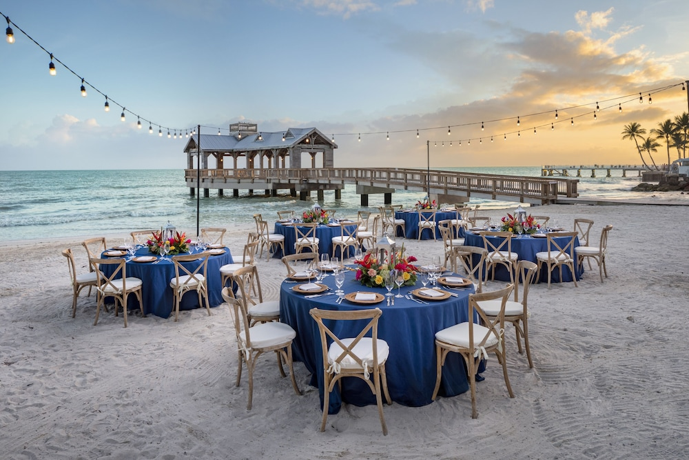 Terrace/Patio, The Reach Key West, Curio Collection by Hilton