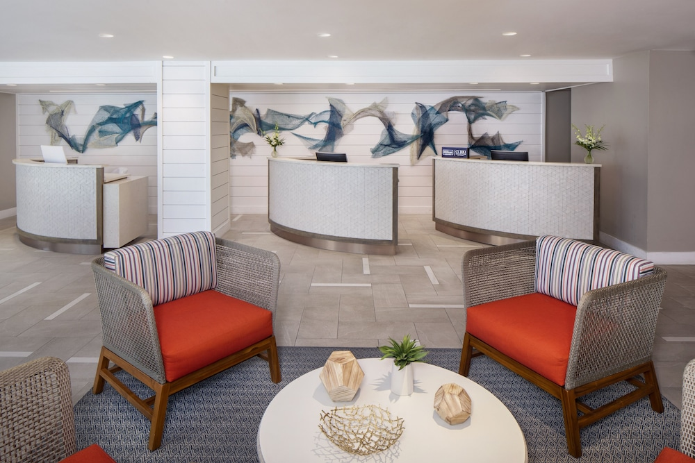 Lobby Sitting Area, The Reach Key West, Curio Collection by Hilton