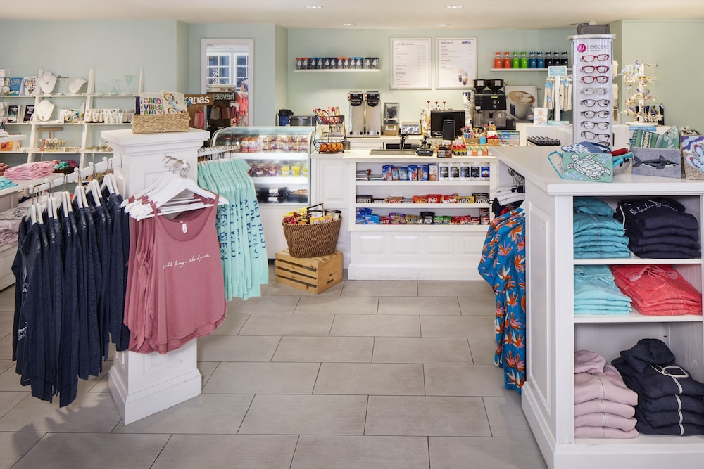 Gift Shop, The Reach Key West, Curio Collection by Hilton