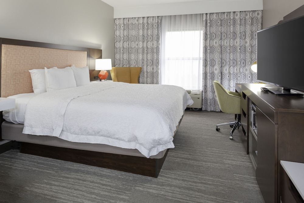 Room, Hampton Inn & Suites Concord/Charlotte