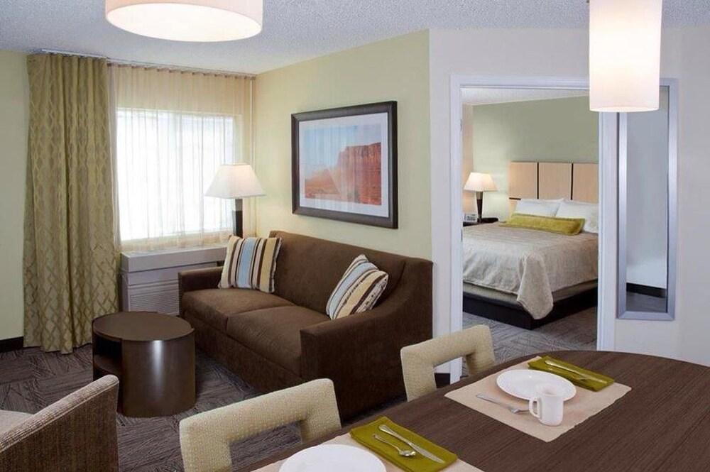 Candlewood Suites Las Vegas 2019 Room Prices 76 Deals