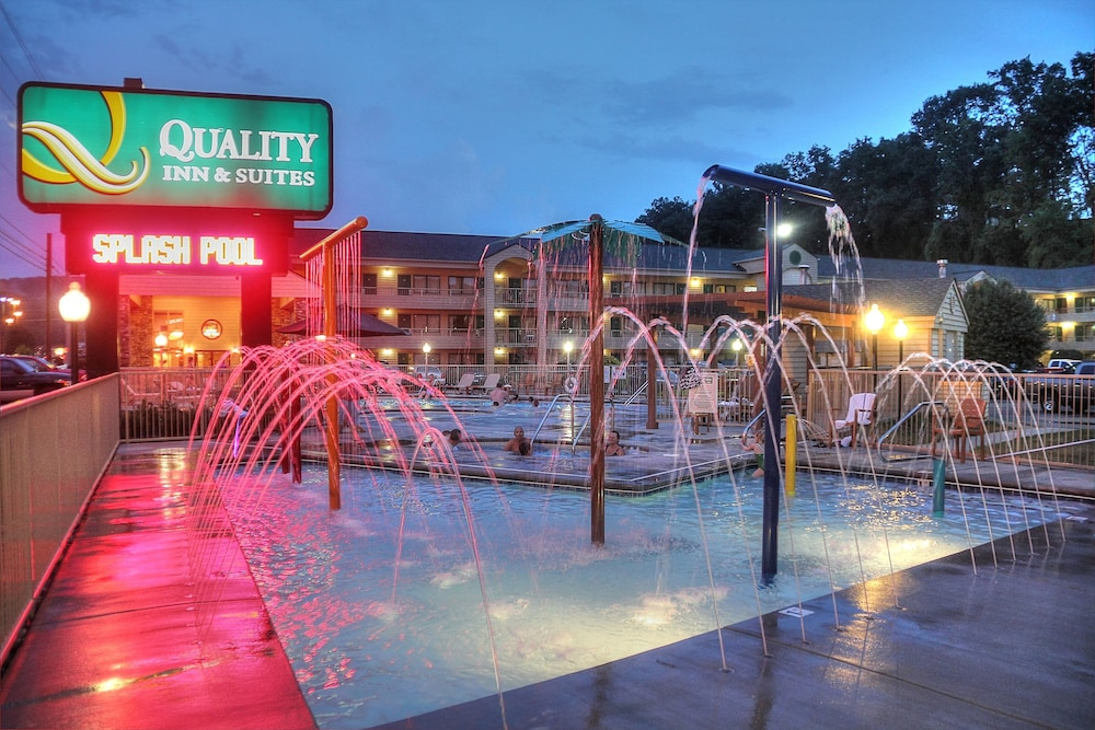 Children's Pool, Quality Inn And Suites Dollywood