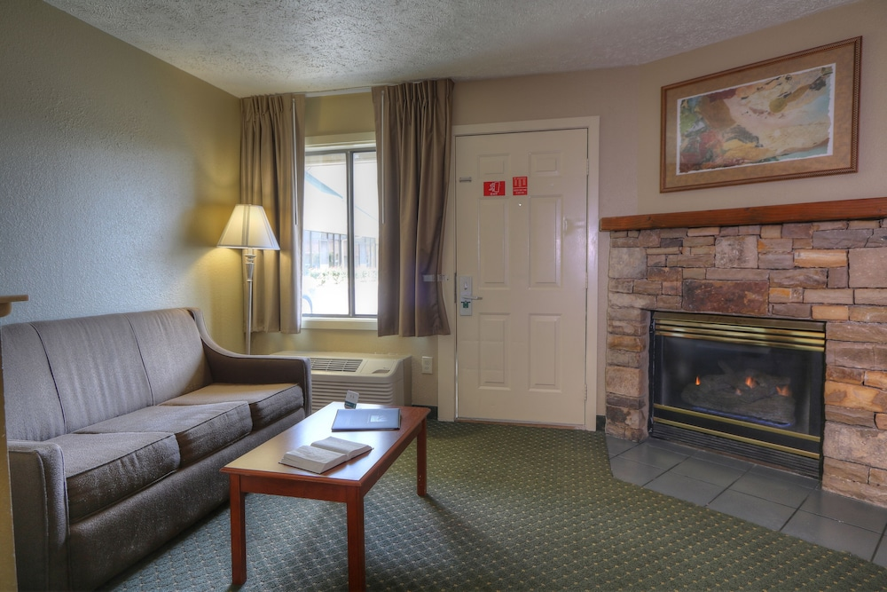 Room, Quality Inn And Suites Dollywood