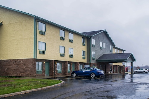 Great Place to stay Quality Inn near Streetsboro