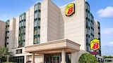 Super 8 Niagara Falls Near Fallsview District - Niagara Falls Hotels