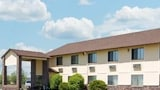 Super 8 Perry IA - Perry Hotels