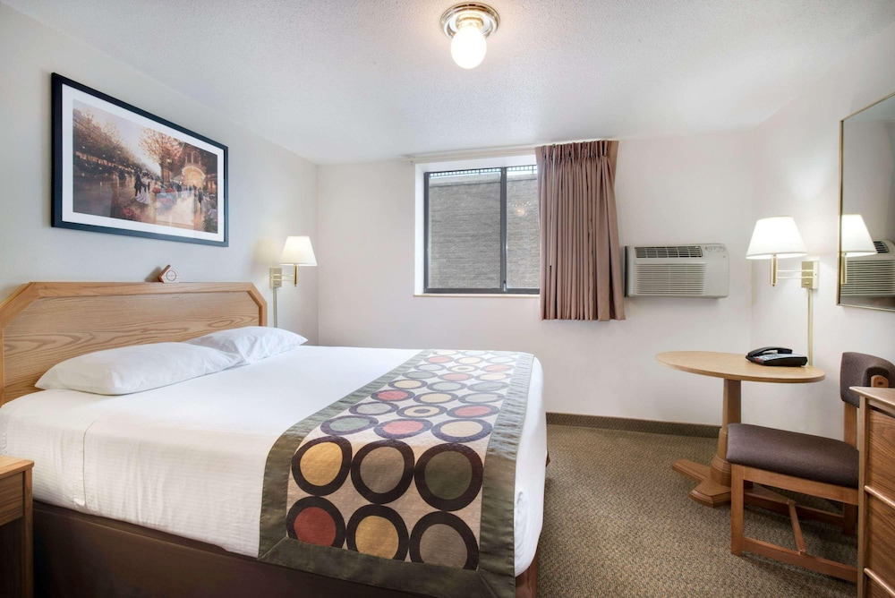 Room, Super 8 by Wyndham Rapid City/lacrosse St