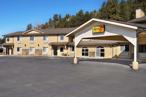 Super 8 by Wyndham Custer/Crazy Horse Area