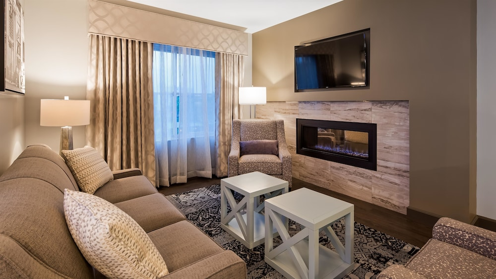 Living Area, Best Western Plus Franklin Square Inn Troy/Albany