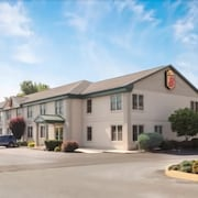 Super 8 by Wyndham Harrisburg Hershey West