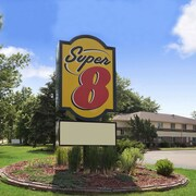 Super 8 by Wyndham Whitewater WI