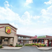 Super 8 by Wyndham Guelph