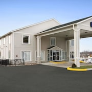 Days Inn by Wyndham Woodstock