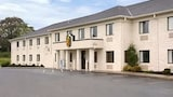 Super 8 Bedford - Bedford Hotels