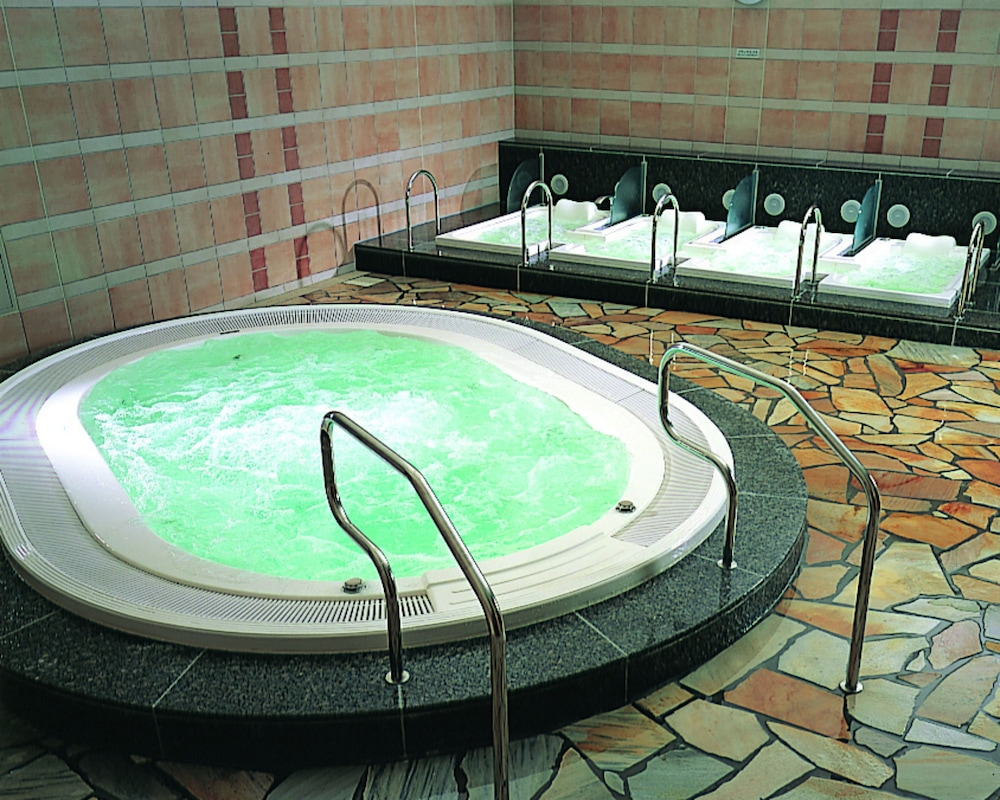 Indoor Spa Tub, The Westin Awaji Island Resort & Conference Center
