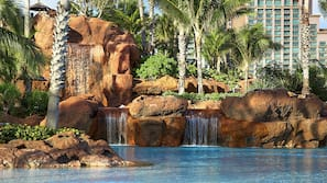 11 outdoor pools, pool cabanas (surcharge), pool loungers