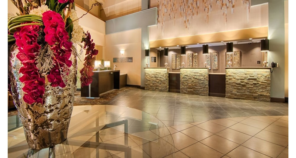 Lobby, Comfort Inn & Suites At Copeland Tower