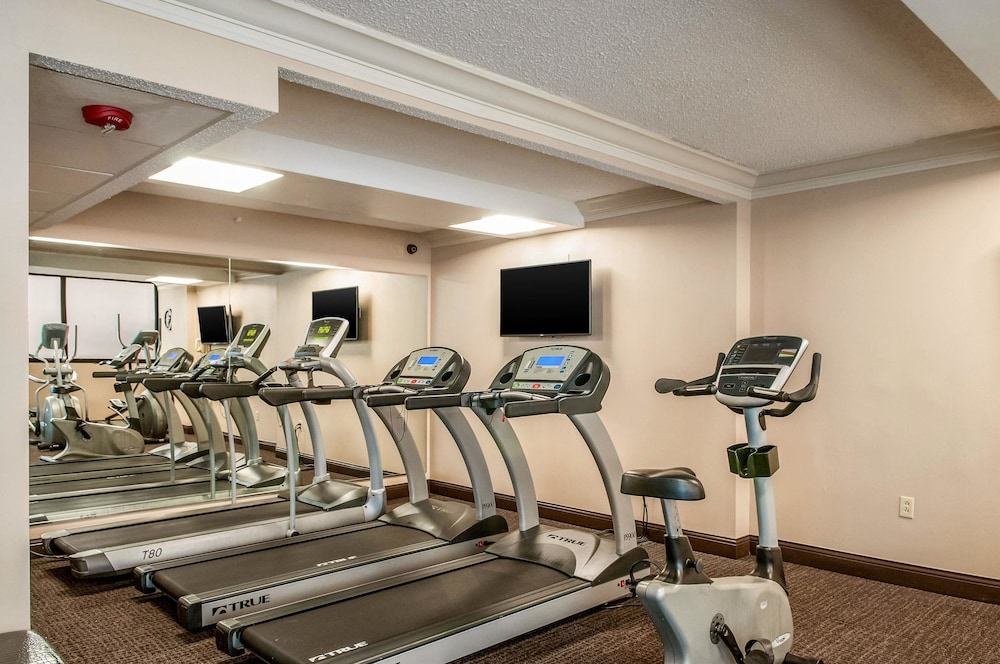 Fitness Facility, Comfort Inn & Suites At Copeland Tower