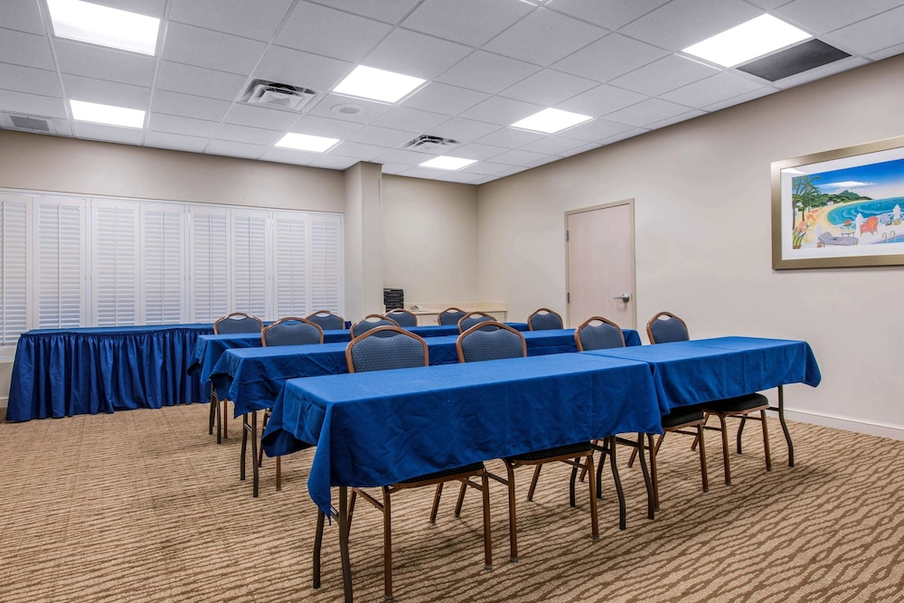 Meeting Facility, Comfort Suites Maingate East