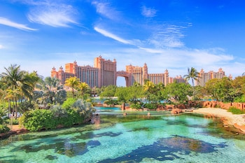 Atlantis Royal Towers, Autograph Collection