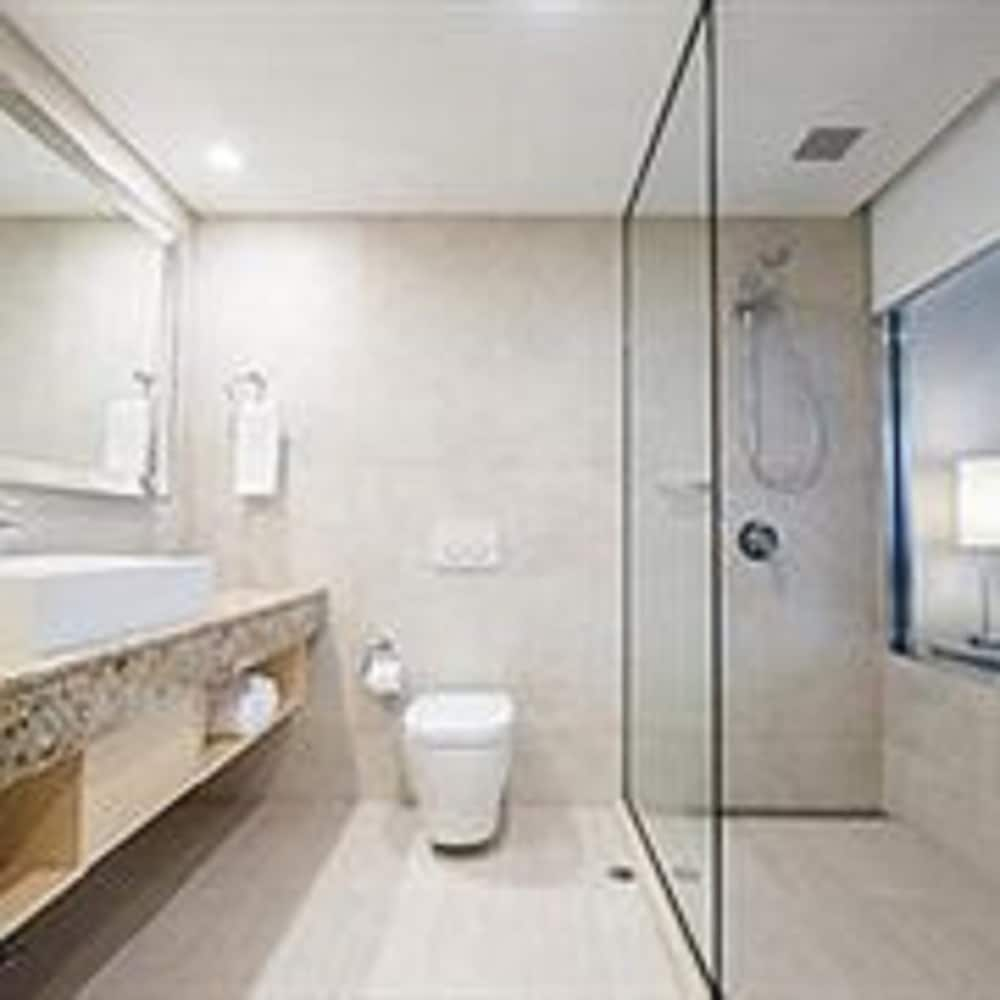 Luxury Hotels In Scarborough: Rendezvous Hotel Perth Scarborough Deals & Reviews (Perth
