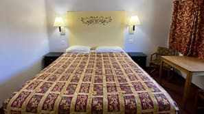Egyptian cotton sheets, premium bedding, free WiFi, bed sheets