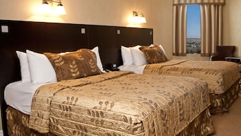 Superior Room, 2 Queen Beds - Guestroom