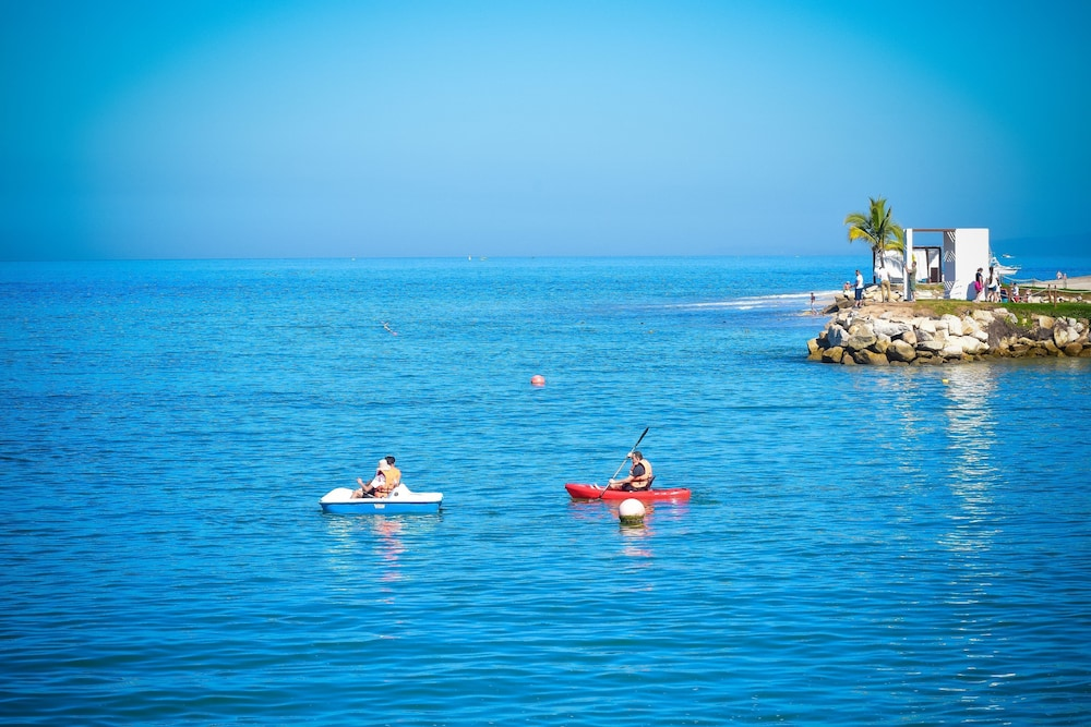 Kayaking, Friendly Vallarta All Inclusive Family Resort & Convention Center