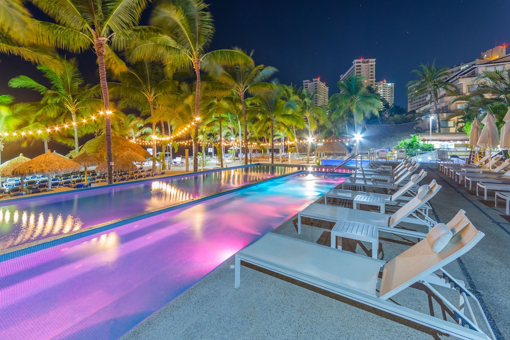 Outdoor Pool, Friendly Vallarta All Inclusive Family Resort & Convention Center