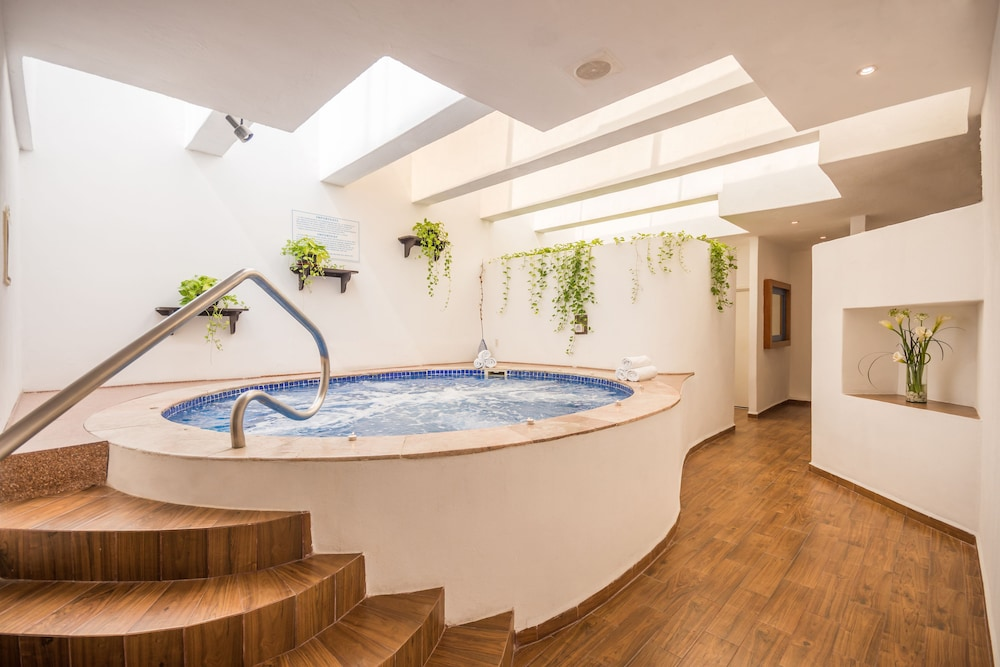 Indoor Spa Tub, Friendly Vallarta All Inclusive Family Resort & Convention Center