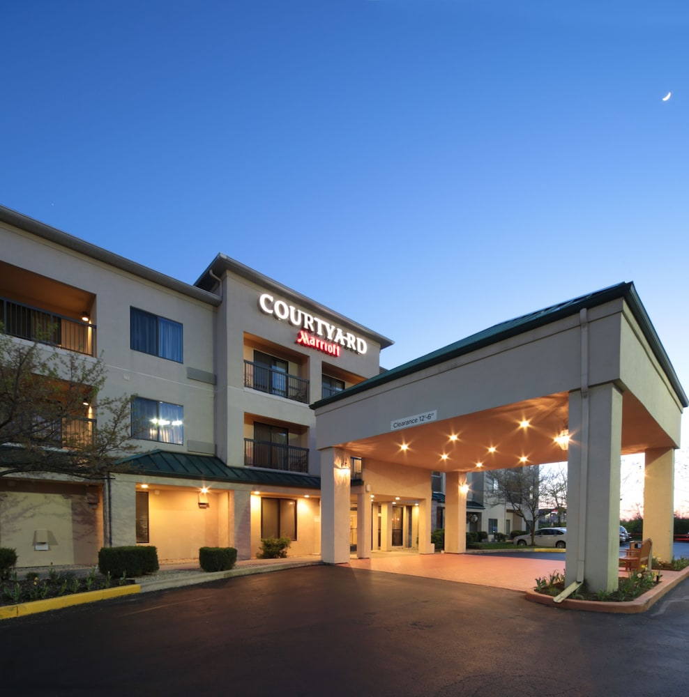 Property Entrance, Courtyard by Marriott Dayton North