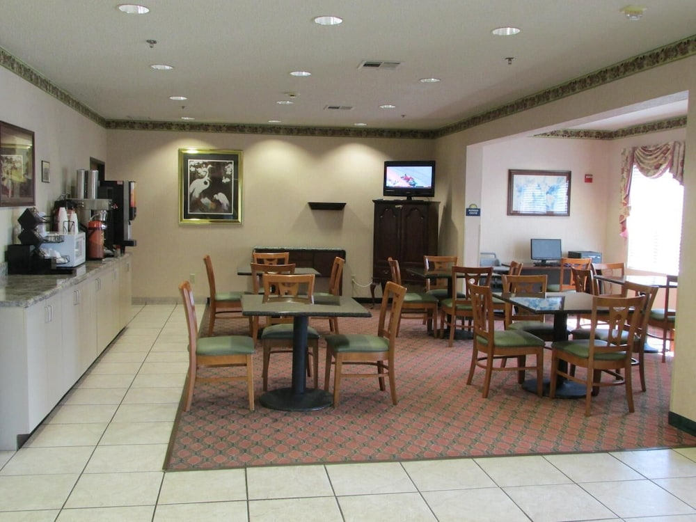 Restaurant, Days Inn by Wyndham Jefferson City