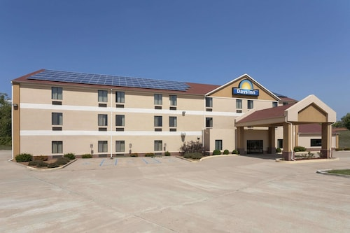 Days Inn by Wyndham Jefferson City