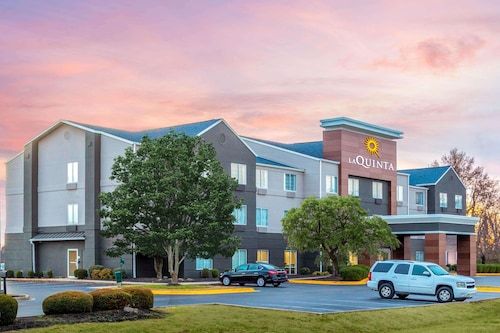 La Quinta Inn & Suites by Wyndham Hopkinsville