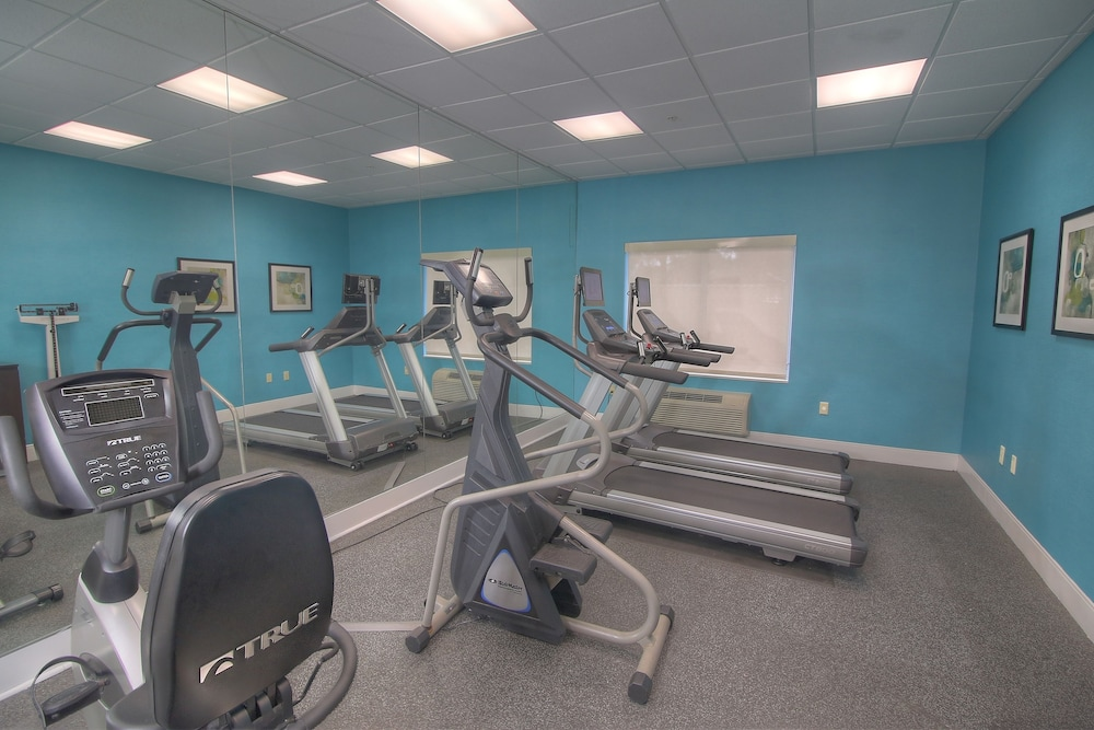 Fairfield inn and suites by marriott jupiter palm beach for Gimnasio jupiter