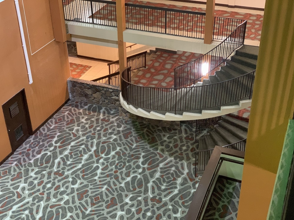 Staircase, Holiday Inn Memphis Airport - Conf Ctr