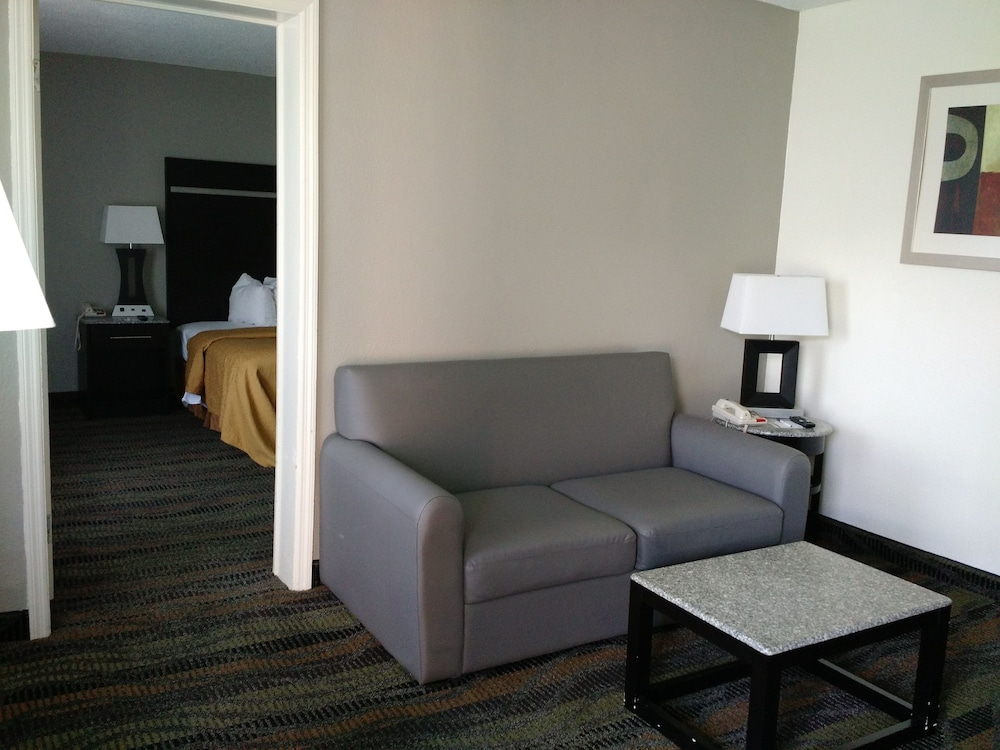 Living Area, Quality Inn & Suites Conference Center